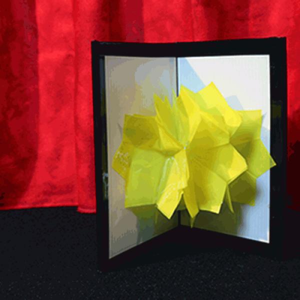 Chameleon Flower (Plastic) by Mr. Magic