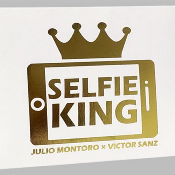 Hanson Chien Presents Selfie King by Julio Montoro...
