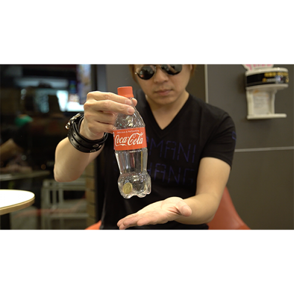 Banked - Red, Coca-Cola (Gimmicks and Online Instructions) by Taiwan Ben